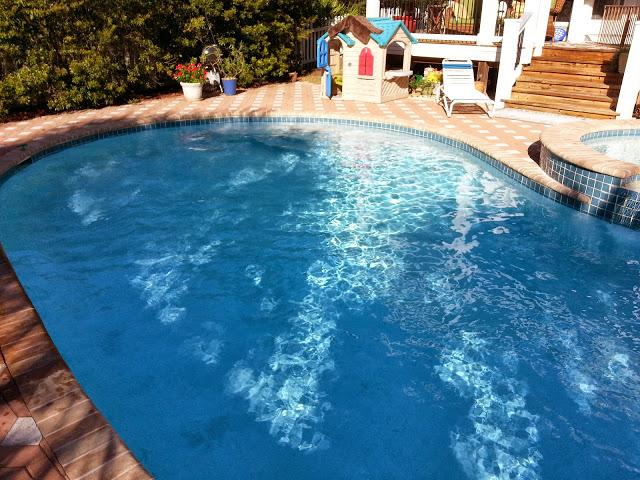 Blue-Mountain-Beach-coastline-pools-florida[1]